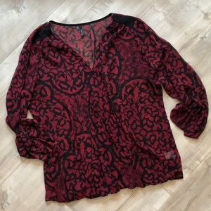 🦋5 for 25 Maurice's Red Wrap Front Floral Blouse